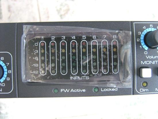 图8:pro 40的8路输入都有电平显示,火线连接状态也有指示灯